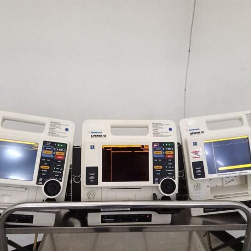 Lot of 3 LifePak 12 Biphasic Defibrilltor / Monitor