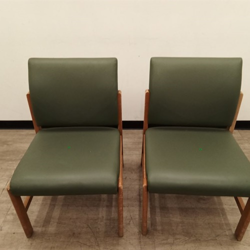 Lot of 2 Office Chairs