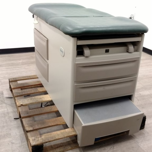 Brewer 5000 Exam Table
