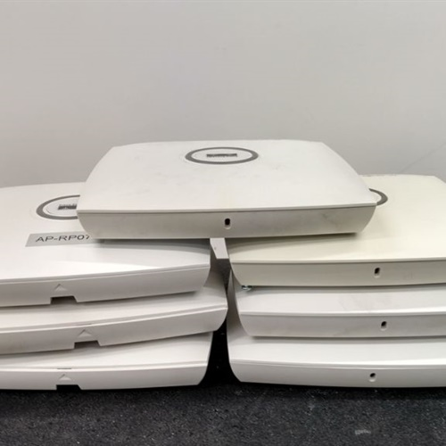 Cisco Lot of 7 AIR-LAP1131AG-A-K9 Aironet Wireless Access Point