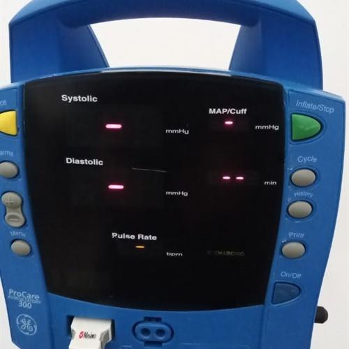 GE Dinamap Procare 300 Vital Signs Monitor