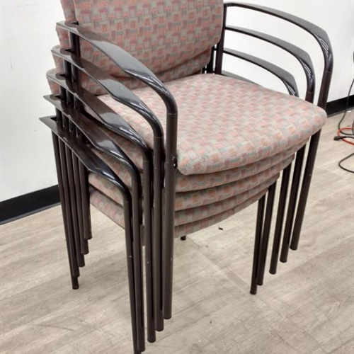 Lot of 5 Chairs