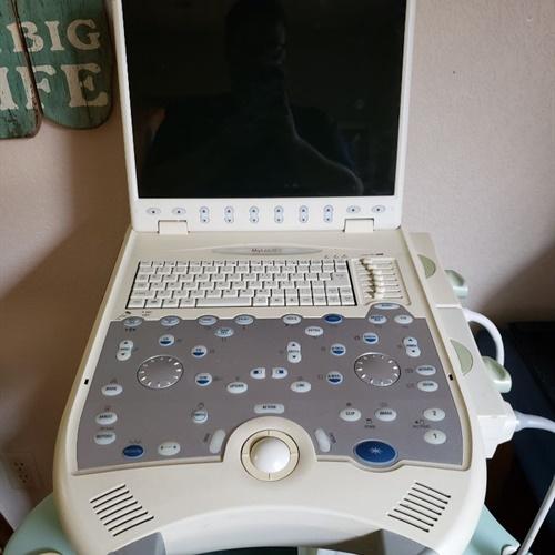 Biosound Esaote MyLab 30 Ultrasound Machine