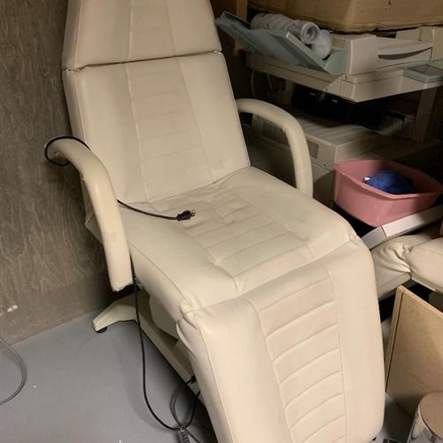Two Older Procedure Chairs in American Fork, Utah